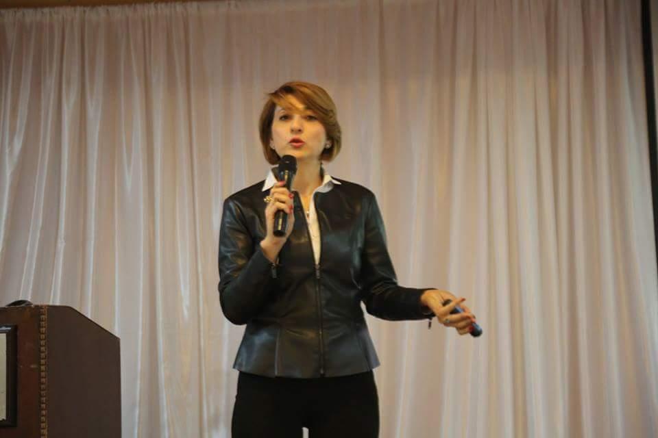 رائدة كاكتوس لبنى خديجة، صاحبة شركة ريماكس يور لايف للتنمية البشرية