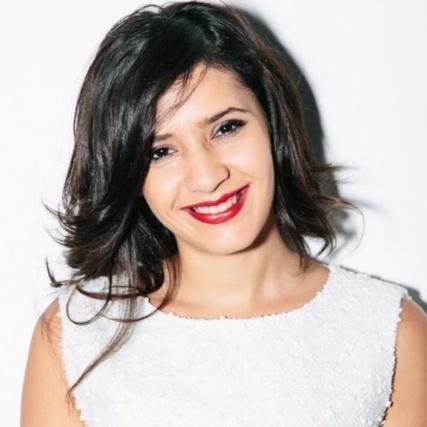 ياسمين البغاري. مؤسسة ومديرة شركة فوياج