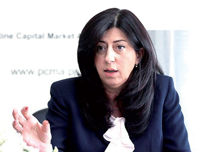 وزيرة الاقتصاد في فلسطين عبير عودة الصورة من موقع The Arab Weekly