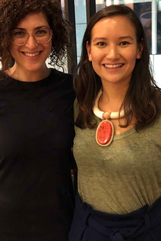 مؤسسة كاكتوس عرين شحبري برفقة رائدة الأعمال بيليندا استرهامر، مؤسسة شبكة نيكست جين في هونغ كونغ